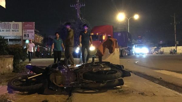 """Đi """"bão"""" đêm mừng đội tuyển Việt Nam, 2 cô gái trẻ người chê't, người nguy kịch"""