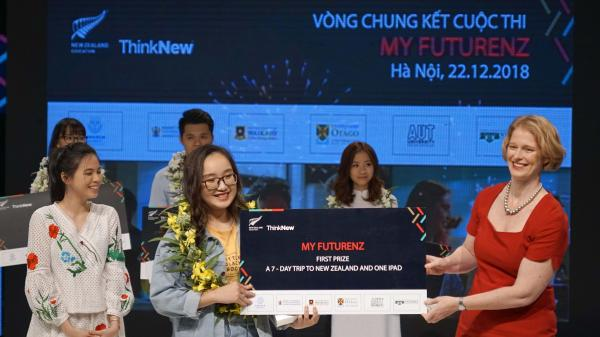 Chung kết cuộc thi My FutureNZ: Cô gái đến từ Hòa Bình giành giải Nhất