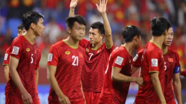 """Báo châu Á: """"ĐT Việt Nam ngẩng cao đầu rời Asian Cup 2019"""""""
