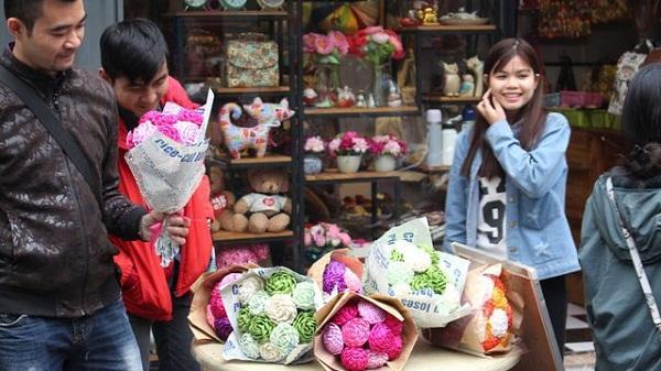 Đa dạng thị trường quà tặng Valentine tại Hải Dương