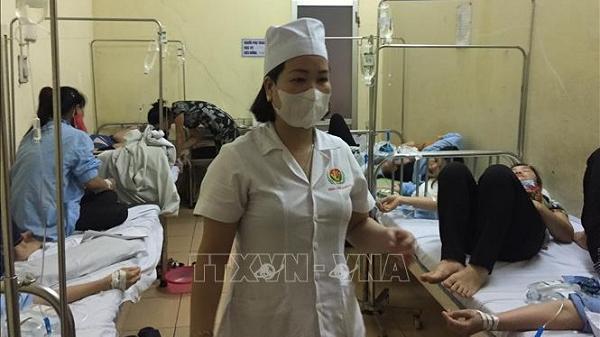 Hải Dương: Gần trăm công nhân nhập viện do ngộ đ.ộc thực phẩm