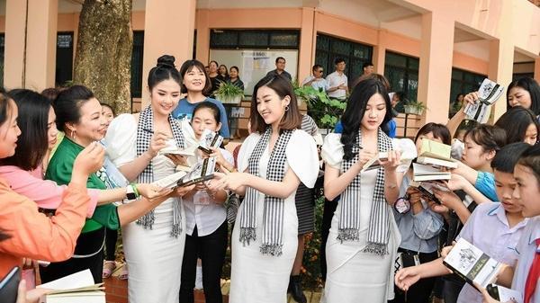 Điện Biên: Cận cảnh nhan sắc 3 người đẹp như đóa hoa ban Tây Bắc khiến người ta mê mẩn