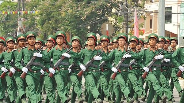Hôm nay: 2.300 người tham gia lễ diễu binh, diễu hành tại thành phố Điện Biên Phủ