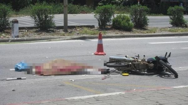 Hải Dương: Đi bộ sang đường, bé trai 5 tuổi bất ngờ bị xe máy tông trúng t.ử v.ong tại chỗ