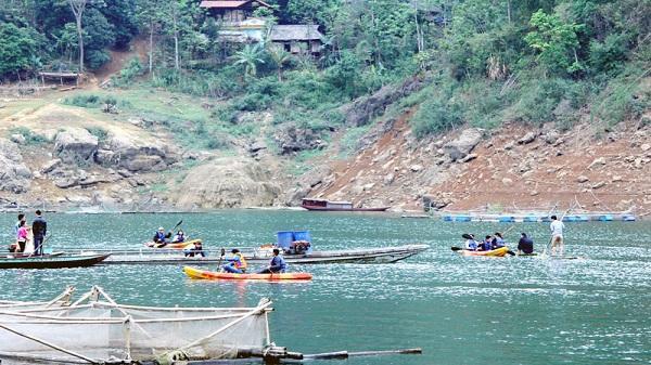 Đảo Dừa - điểm dừng chân thưởng ngoạn hồ Hòa Bình