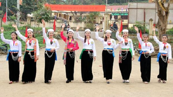 Đặc sắc trang phục truyền thống của phụ nữ Mường