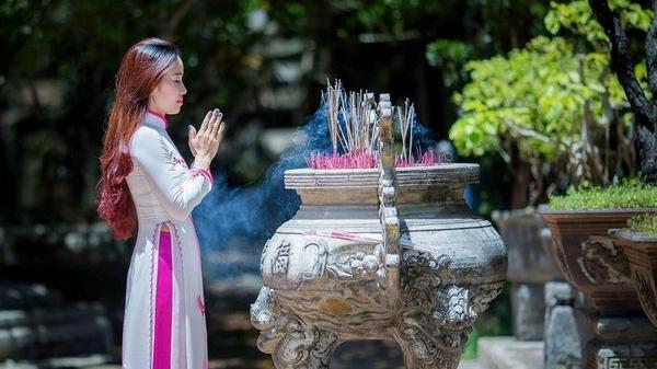 Dắt nhau ghé qua 5 ngôi chùa cầu an nổi tiếng linh thiêng nơi đất Huế