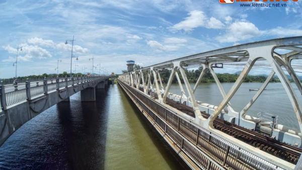 Chùm ảnh: Điều đặc biệt của cầu sắt Bạch Hổ trăm tuổi ở xứ Huế