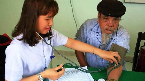 TT-Huế: Người nghèo được khám bệnh, cấp thuốc miễn phí