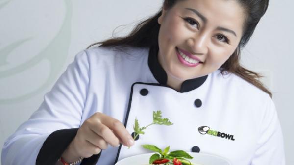 Chuyên gia ẩm thực xứ Huế giới thiệu món ăn Việt đến du khách