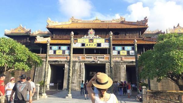 48 giờ ở Huế: Chuyến đi dành cho 'gái ế' thích một mình