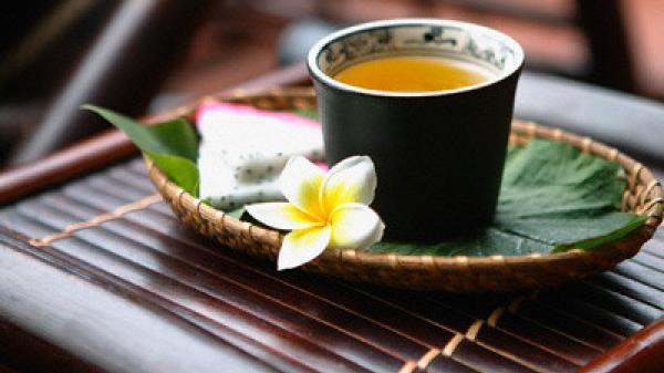 Thả hồn cùng trà Huế