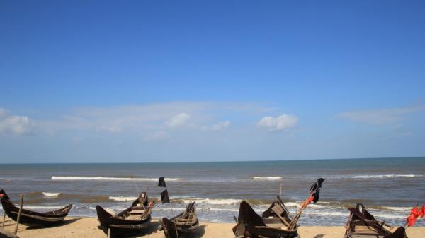 Vinh Thanh - Mùa biển yên bình