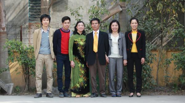 Gia đình vượt khó nuôi 4 con thành tài ở Ân Thi, Hưng Yên