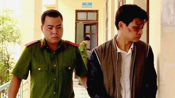 """Sự thật về kẻ """"bắt cóc trẻ em"""" ở Văn Giang bị người dân đánh dã man"""