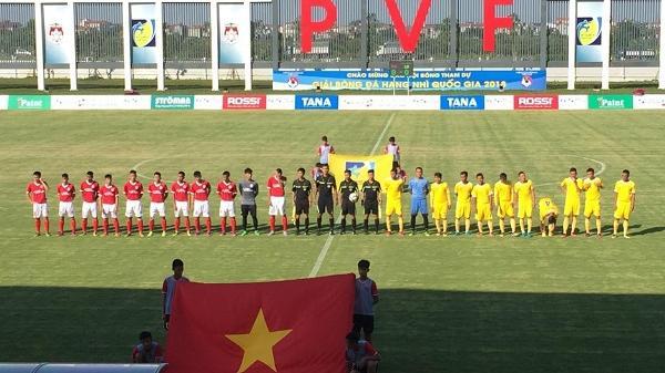CLB bóng đá Phố Hiến hoà Lâm Đồng 1-1 trên sân nhà