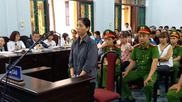 Hé lộ lý do hoãn phiên xử nữ y sĩ làm hơn 100 cháu bé mắc bệnh sùi mào gà ở Hưng Yên