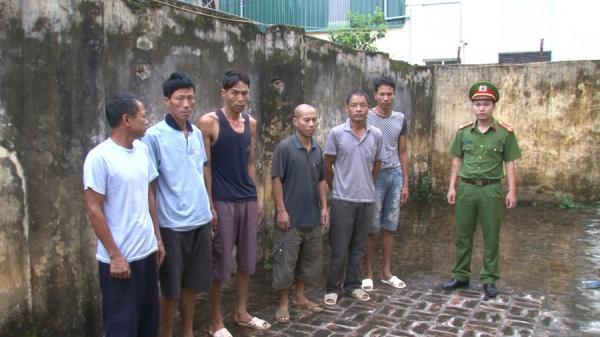 Hưng Yên: Bắt 6 đối tượng đang say sưa sát phạt nhau trên chiếu bạc
