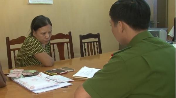 Bắt giữ cặp đôi tàng trữ ma túy trên taxi ở thành phố Hưng Yên