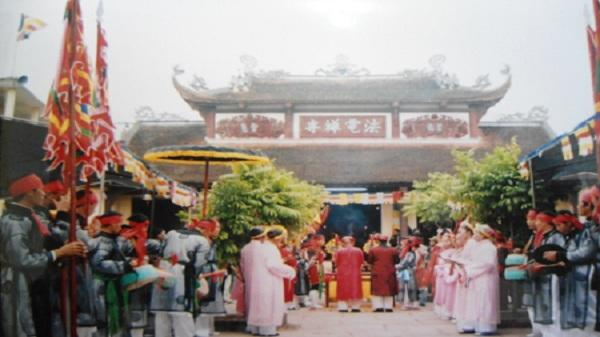 Nét độc đáo lễ hội cầu mưa ở Văn Lâm - Hưng Yên