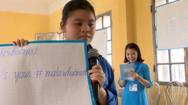 Cô giáo Hưng Yên đưa học sinh trường làng đến với lớp học xuyên lục địa