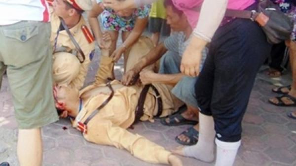 Hưng Yên: Nam thanh niên vi phạm giao thông còn đâm xe vào Cảnh sát