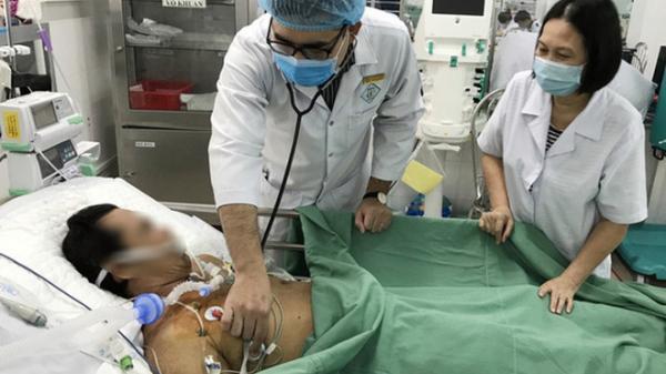 """Người nhà giấu nhẹm việc dùng thuốc """"nhà tôi 3 đời"""", bác sĩ loay hoay mãi không cứu được bệnh nhân"""