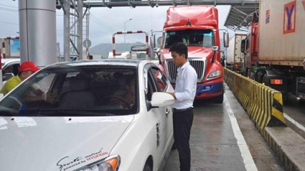 Khánh Hòa: Tài xế đòi thối lại 100 đồng, trạm thu phí Ninh An lại xả trạm
