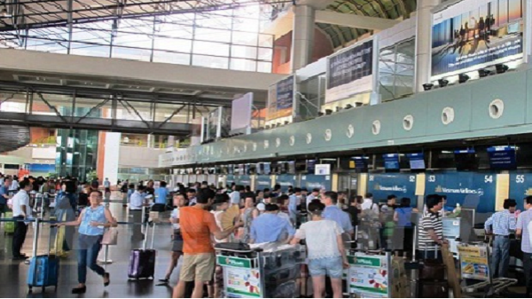 Sân bay quốc tế Cam Ranh quá tải