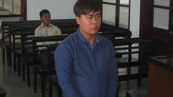 Nha Trang: Nhân viên lễ tân trộm tiền của du khách massage