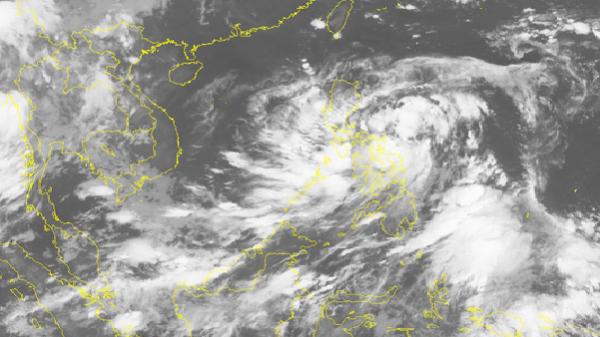 Vùng áp thấp hoạt động mạnh trên Biển Đông