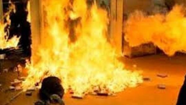 Nam thanh niên Khánh Hòa chết cháy trước cửa nhà chị gái người yêu