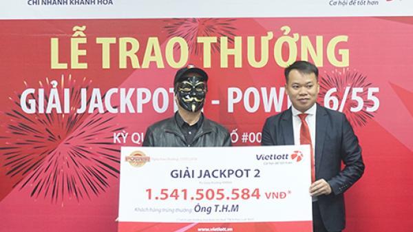 Tại Nha Trang: Vietlott trao thưởng Jackpot 2 cho khách hàng trúng hơn 1,5 tỷ đồng