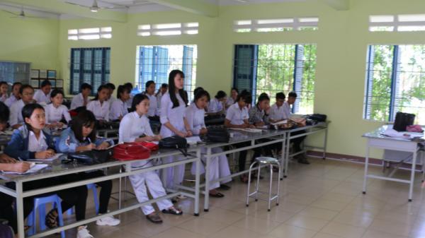 Khánh Hòa: Kỷ luật cảnh cáo hiệu trưởng và giáo viên làm lộ đề thi