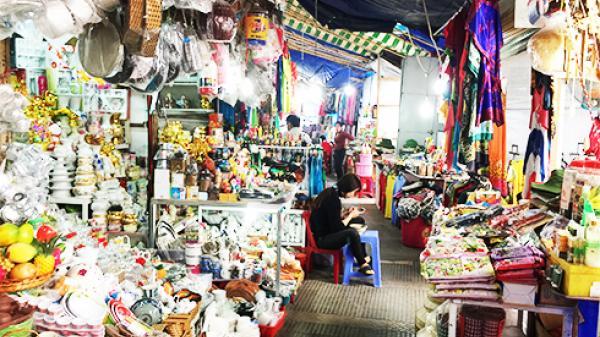 Di dời tiểu thương vào chợ Đầm mới: Tạm dừng đến sau Tết