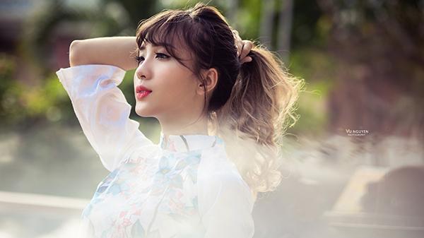 """Hot girl """"nức tiếng"""" Nha Trang khoe ảnh đón xuân xinh cực xinh, kể chuyện 1 năm duy nhất ăn Tết ở quê"""