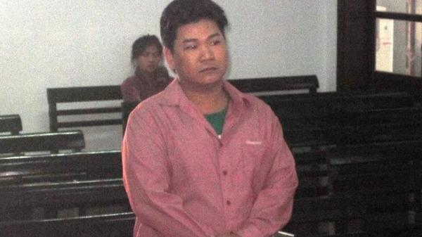 Nha Trang: Bị đánh trọng thương vì nhắn tin xúc phạm…cha mẹ con nợ