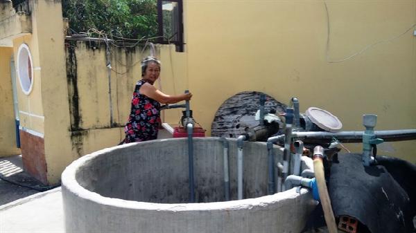 Gần 5.000 người dân thiếu nước trầm trọng