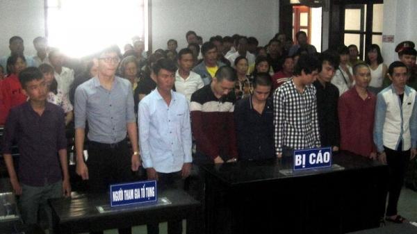 Khánh Hòa: Gần 40 thanh niên dàn trận quyết chiến