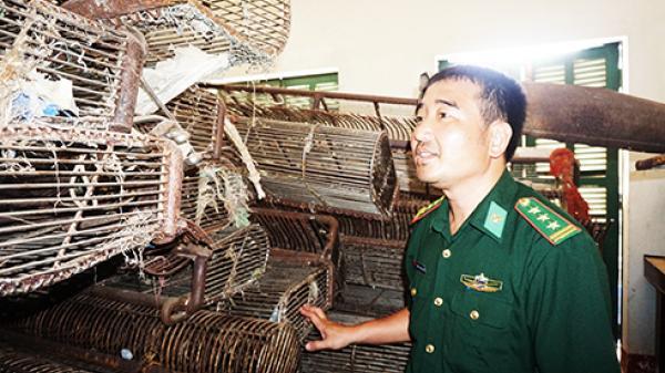 Dẹp nạn cào sò trên vịnh Cam Ranh