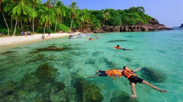 'Tứ bình' 4 hòn đảo thu hút khách khi đến Nha Trang