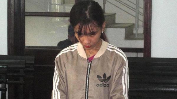 Nha Trang: Nữ 9X thuê nhà nghỉ để bán ma túy