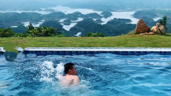Thư giãn giữa thiên nhiên trên hồ Tà Đùng, Đắk Nông