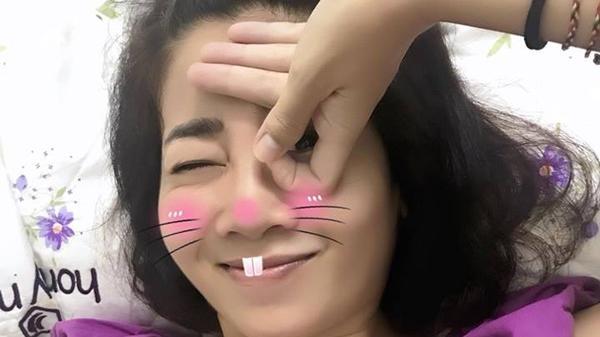 Nằm trên giường bệnh, Mai Phương vẫn hào hứng chơi trào lưu hack não Dele challenge, học nhanh hơn khối người