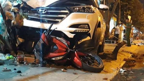 Kinh hoàng: Ô tô lao vỉa hè gây tai nạn, 6 người thương vong