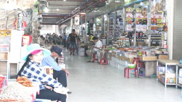 Tăng mức hỗ trợ cho các tiểu thương chợ Đầm