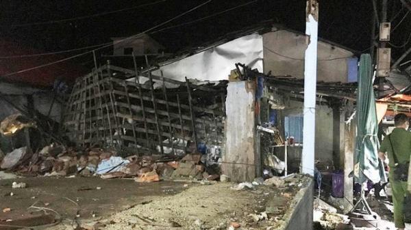 Thái Nguyên: Mưa lớn làm đổ tường, 1 người dân nhập viện
