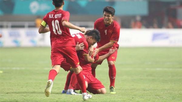 Báo châu Á: Thủ môn World Cup cũng không thắng nổi Minh Vương quê Thái Bình
