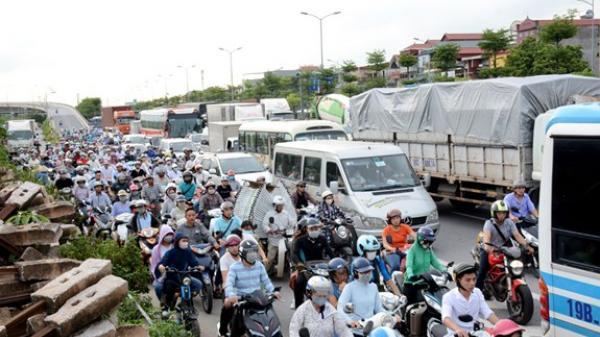 Nghỉ lễ 2/9: Người dân hối hả rời Thủ đô về quê Thái Nguyên và các tỉnh