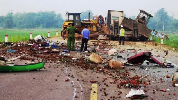 Tai nạn thảm khốc ở Bình Định: Phó Thủ tướng yêu cầu 3 chủ tịch tỉnh vào cuộc